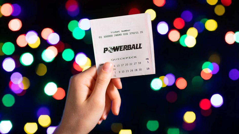 La lotería ha cambiado la vida de Karen, pero seguirá trabajando (Foto: The Lott)