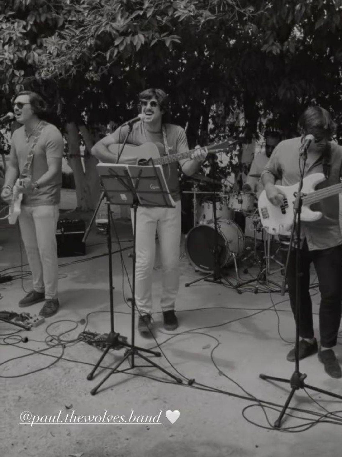 El grupo de música fue una de las sensaciones del día. (Redes)