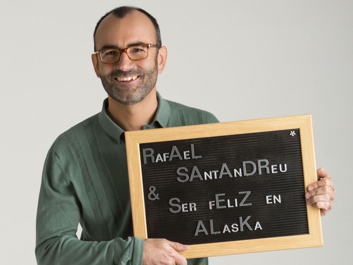 Foto: Rafael Santandreu con una sonrisa en el rostro.
