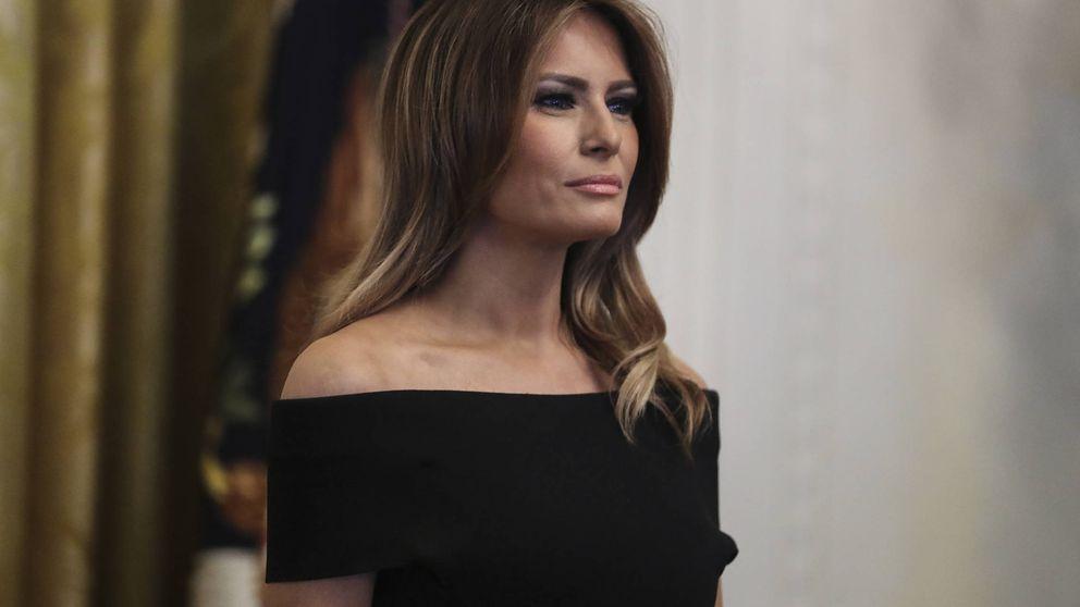 El despliegue de estilo navideño de Melania Trump