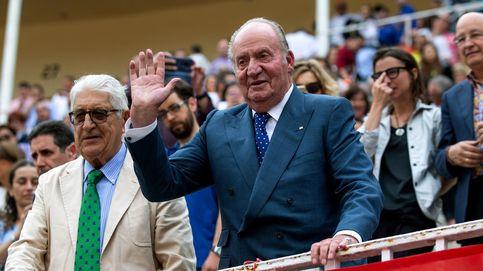 Aniversario de su 'exilio': don Juan Carlos y la reina gobernadora