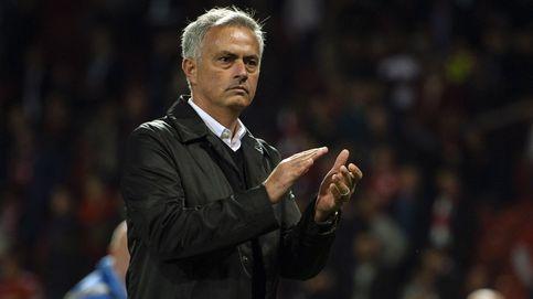 Por qué Mourinho está entre la espada y la pared en el United