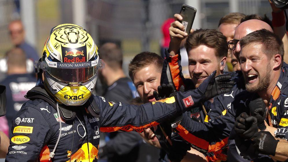 Foto: Verstappen celebra su victoria en Austria. (EFE)