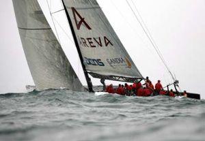 El viento suspende la regata del Desafío Español