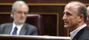 """Sebastián pide a Repsol, Sacyr y Pemex que """"dejen en paz"""" al Gobierno"""