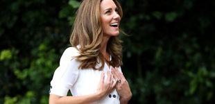 Post de Kate te enseña a llevar un vestido de verano con zapatillas deportivas