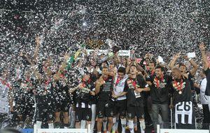 Ronaldinho da al Atlético Mineiro su primera Copa Libertadores