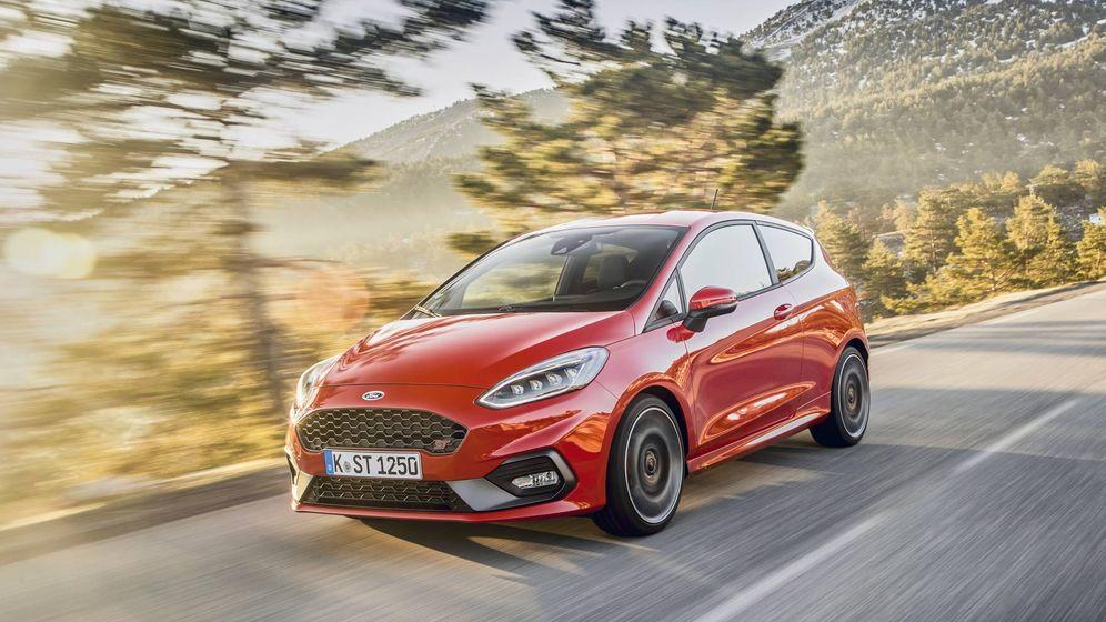 Foto: Ford amplia su gama Fiesta con el ST200 y el Active