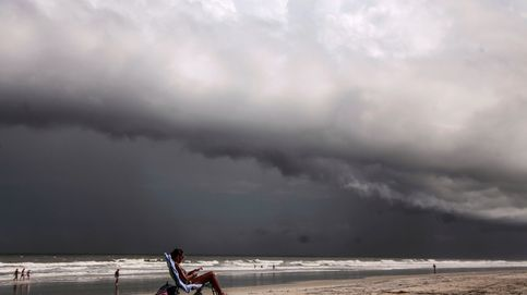 El huracán Dorian azota Bahamas mientras Florida se prepara para su llegada