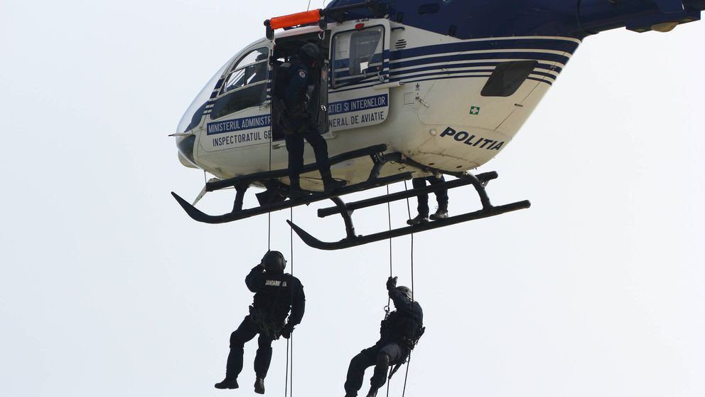 Apuntó con un láser a un helicóptero, era gracioso. Pero no salió nada bien