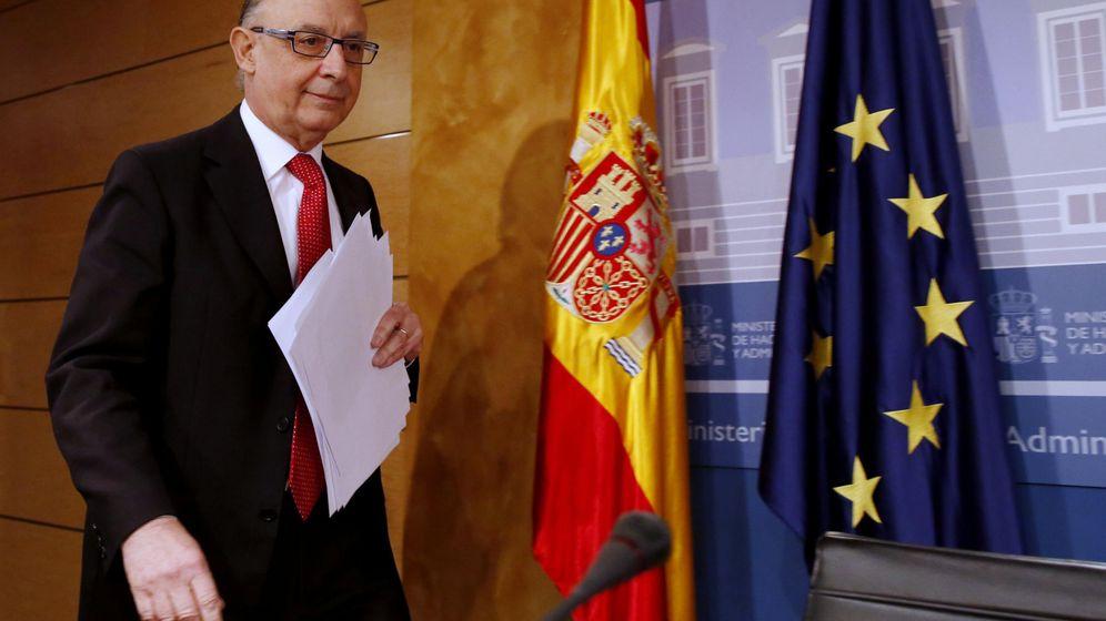 Foto: Rueda de prensa del Ministro de Hacienda, Cristóbal Montoro. (EFE)