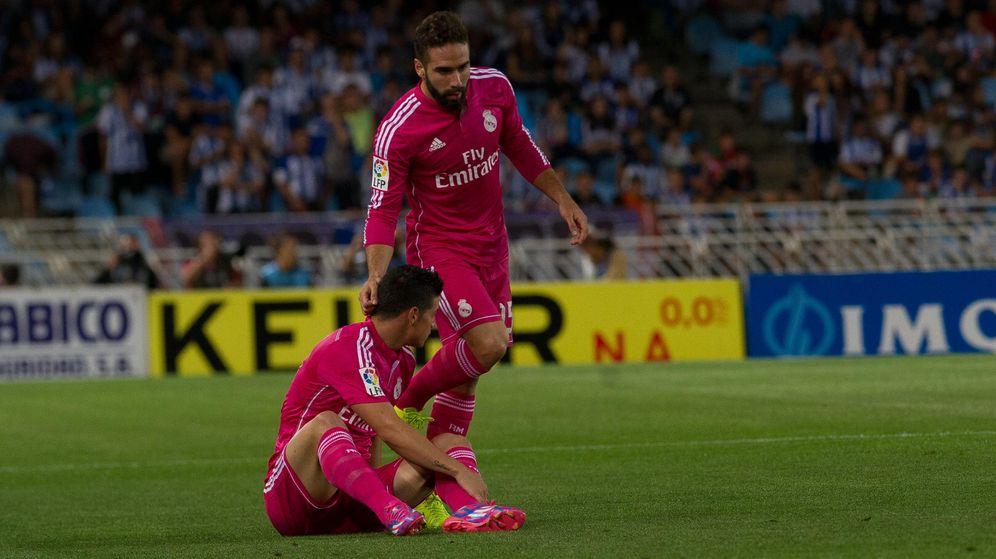 Foto: James y Carvajal, en el partido de Anoeta de la temporada pasada.