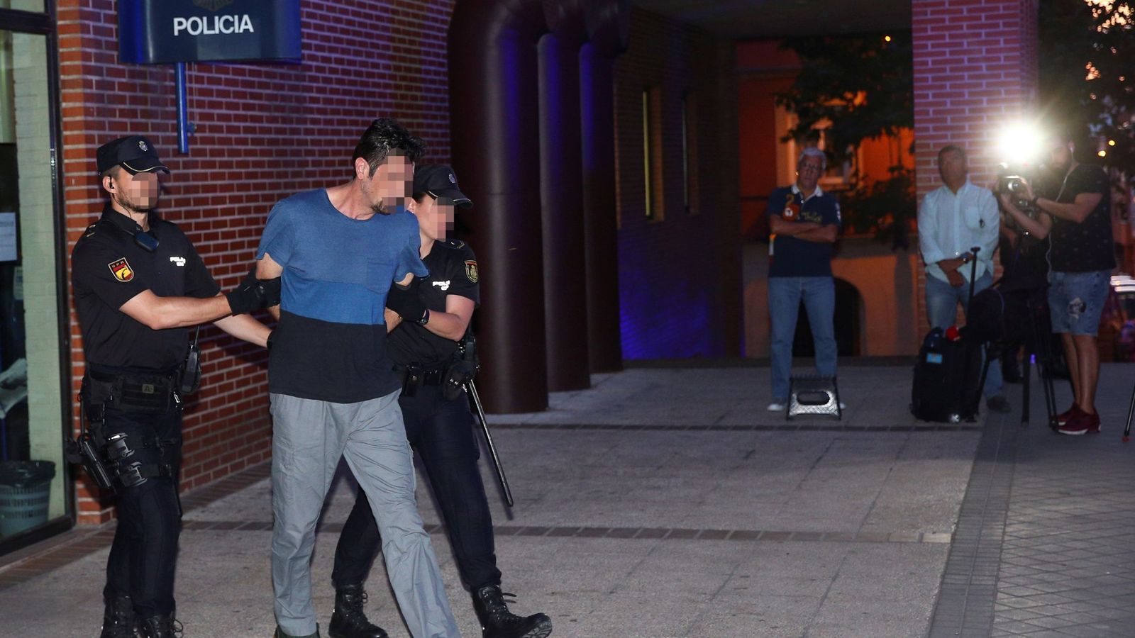 Foto: Tomás J.R, el hombre detenido como supuesto autor del asesinato machista de su pareja, la cirujana María Pilar C.P. (Efe)