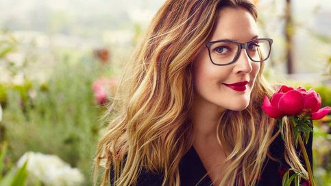 Drew Barrymore se apunta al fenómeno comercial de las gafas para la luz azul