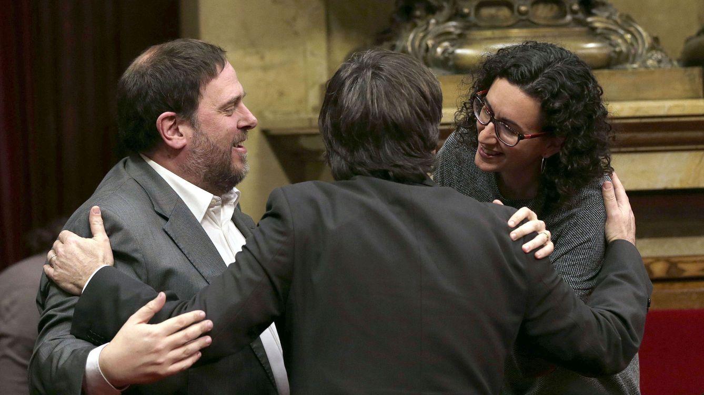 El juez halla fotografías de una cumbre secreta del independentismo para lanzar otro 1-O