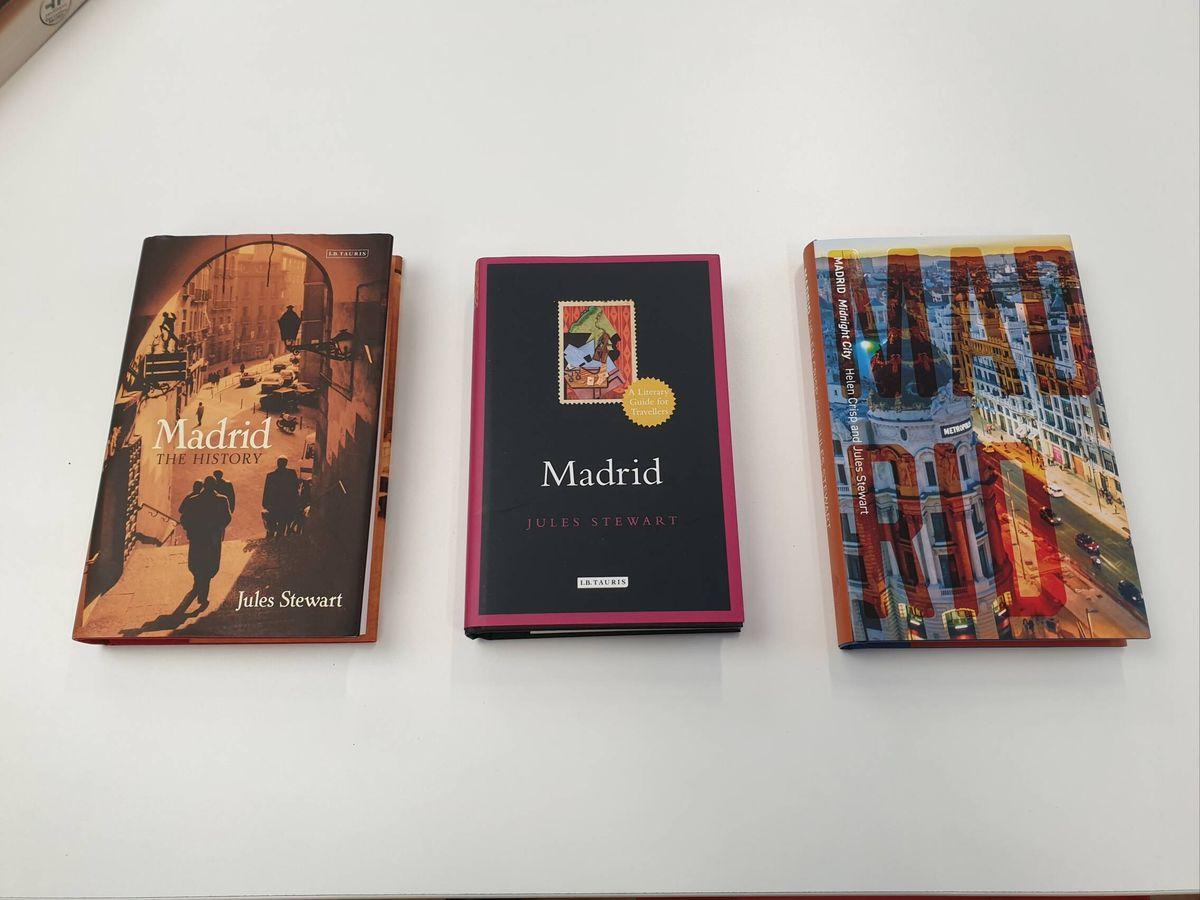 Foto: De izquierda a derecha: 'Madrid, the History', 'Madrid' y su último trabajo, 'Madrid, Midnight City'.