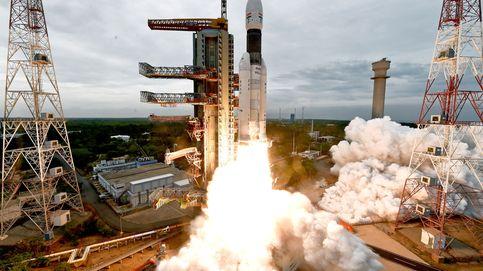 India lanza con éxito su cohete a la Luna tras suspenderlo la semana pasada