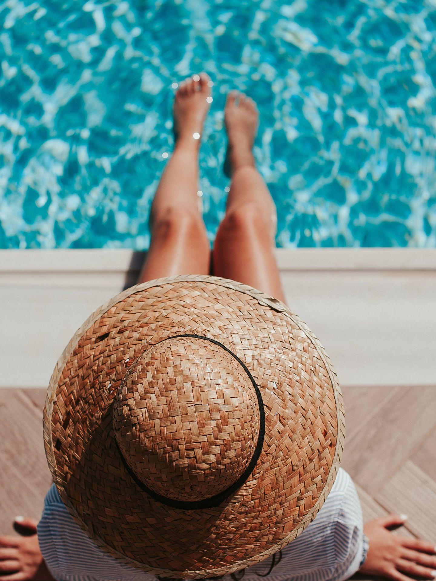 En verano, necesitamos un extra de hidratación. (Angelo Pantazis en Unsplash)