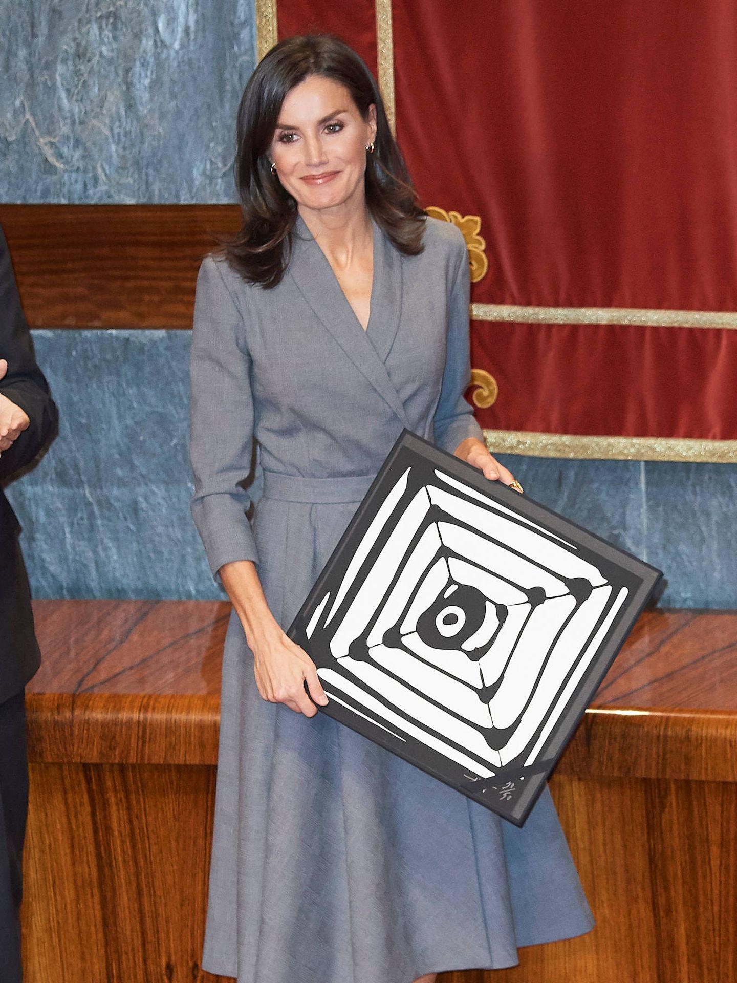 La reina Letizia, recibiendo un premio del Observatorio de la Violencia de Género. (Limited Pictures)