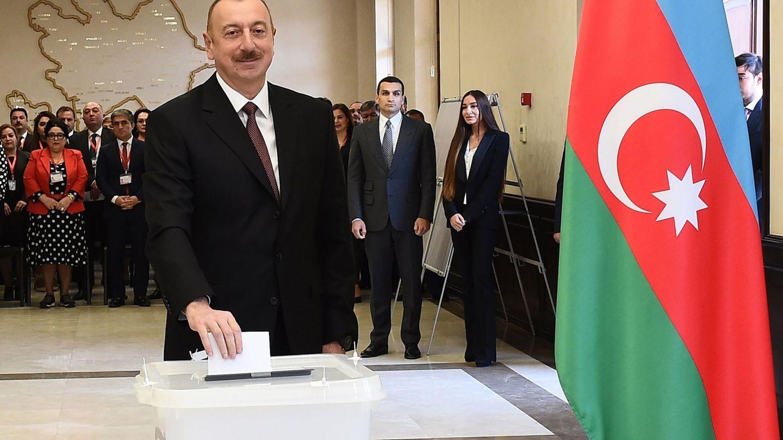 Ilham Aliyev, presidente de Azerbaiyán, obtuvo el 84% de votos a su favor en las presidenciales de 2013. En enero de este año, cosechó el 86%. (EFE)