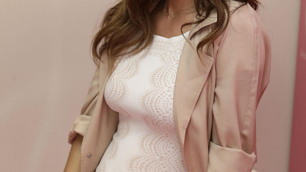 Malena Costa presume de embarazo y de las primeras pataditas de su retoño