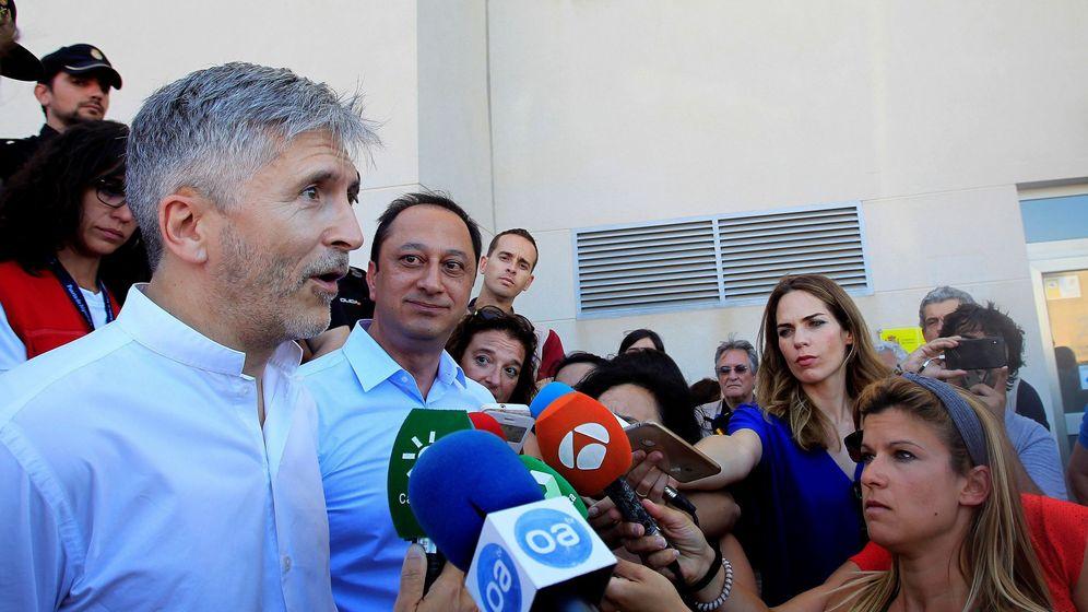 Foto: El ministro del Interior, Fernando Grande-Marlaska en Algeciras. (EFE)