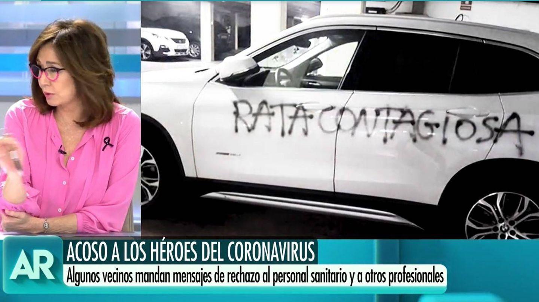 Pintada contra una ginecóloga en Barcelona. (Mediaset)