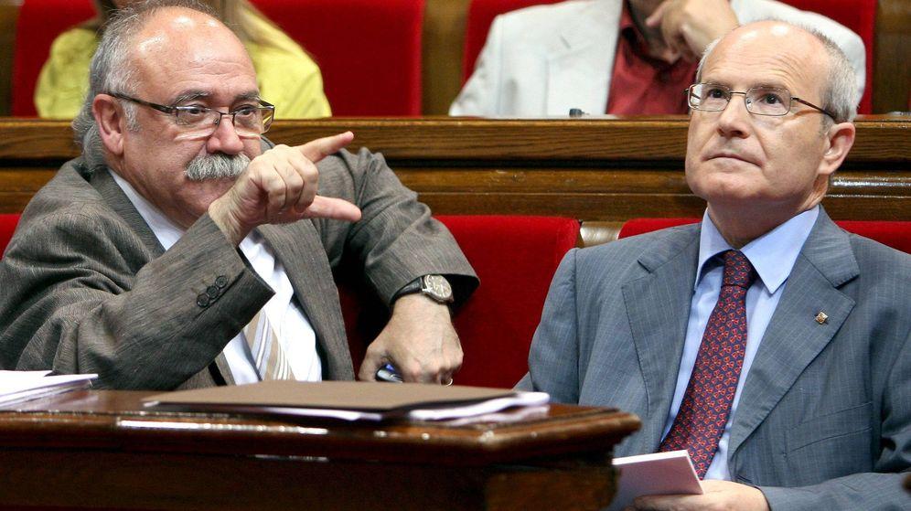 Foto: El expresidente de la Generalitat, José Montilla, junto al exvicepresidente, Josep Lluís Carod Rovira. (Efe)