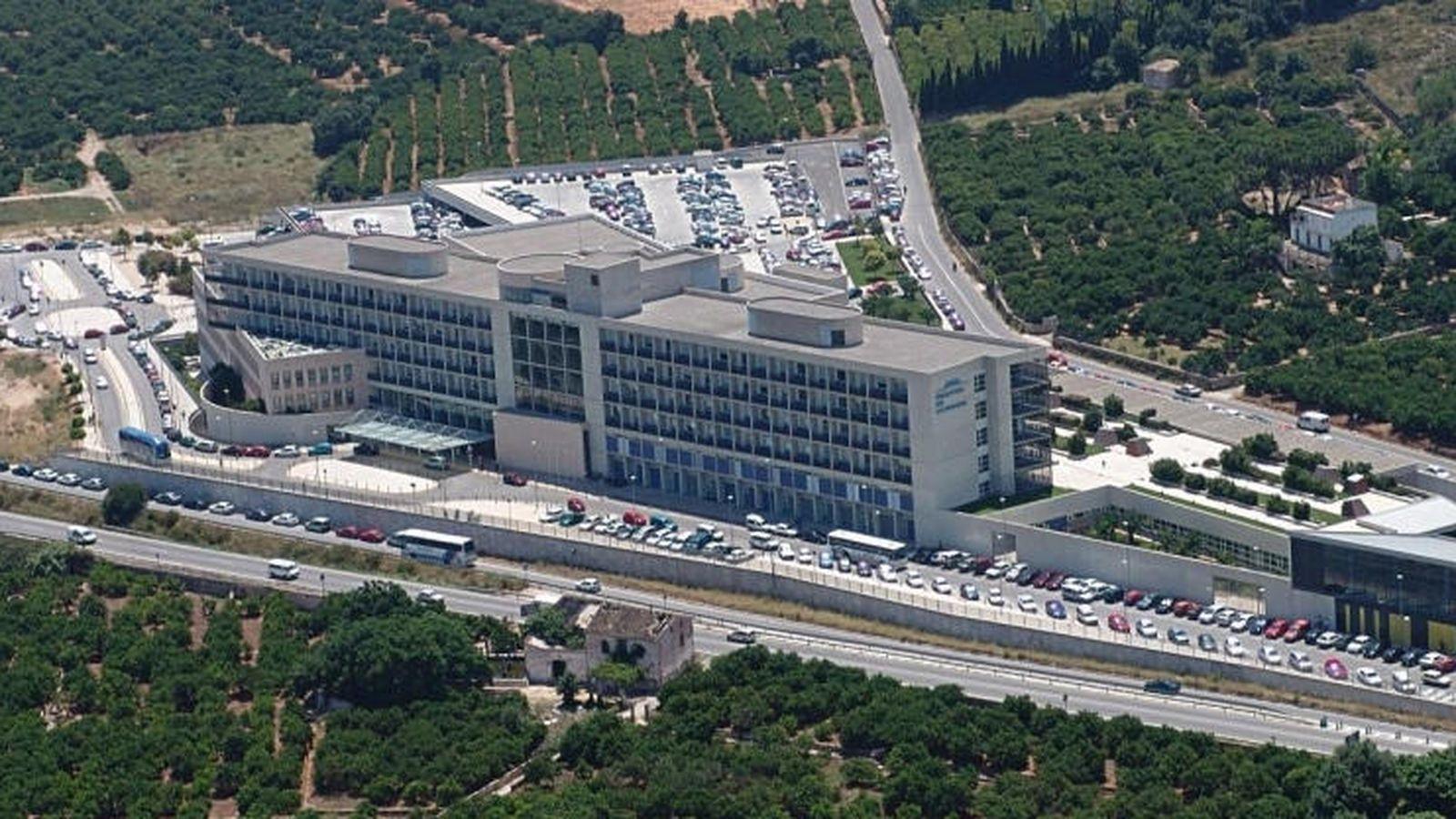 Foto: Hospital Universitario de la Ribera, que gestiona Ribera Salud en Alzira. (RB)