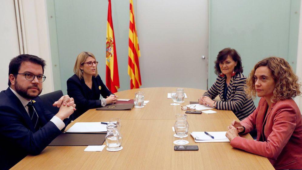 Foto: Pere Aragonès, Elsa Artadi, Carmen Calvo y Meritxell Batet. (EFE)