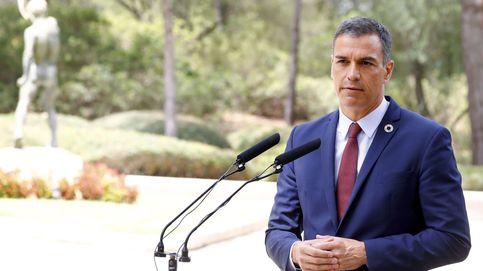 Sánchez trata de sofocar el 'incendio' por los remanentes municipales y promete negociar