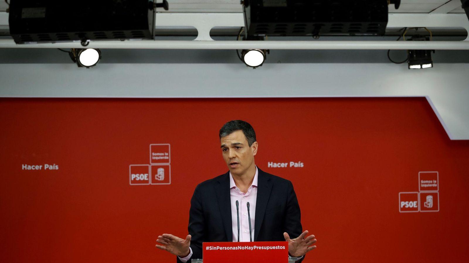 Foto: Pedro Sánchez, el pasado 2 de abril en rueda de prensa en Ferraz. (EFE)