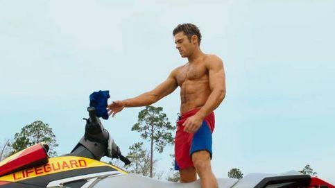 Zac Efron luce abdominales en el tráiler de 'Los vigilantes de la playa'