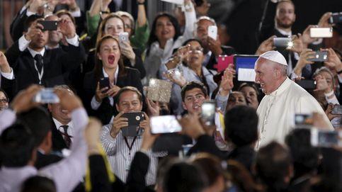 El Papa dice que el zika podría justificar el uso de anticonceptivos
