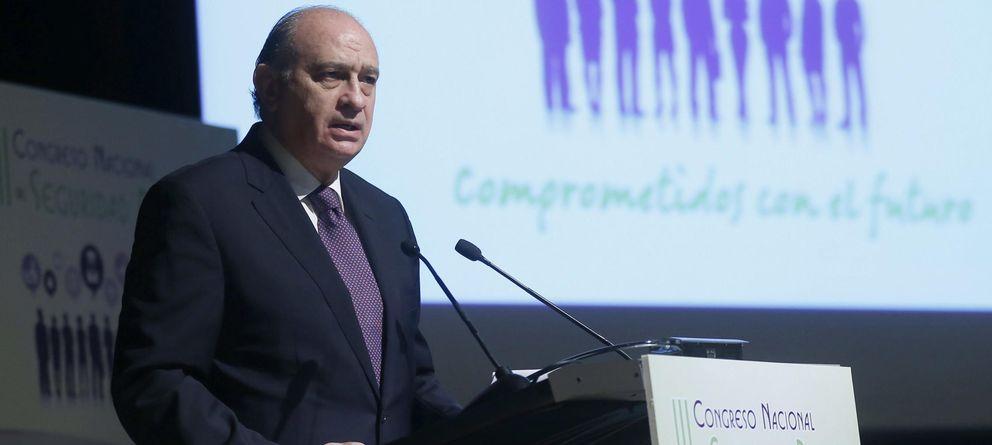 Foto: El ministro del Interior, Jorge Fernández Díaz, en el III Congreso Nacional de Seguridad Privada. (EFE)