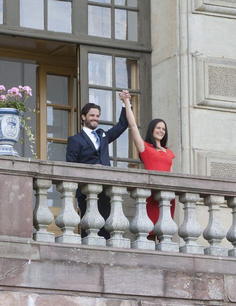 Foto: El príncipe Carlos Felipe de Suecia y su novia el pasado 28 de junio durante la pedida de mano (Gtres)