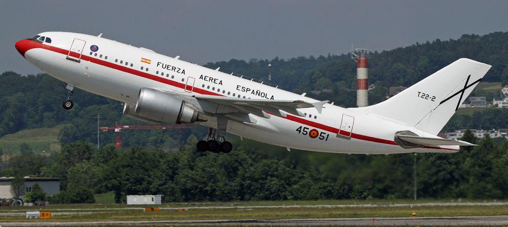 Foto: Rajoy regresa a Dublín al encenderse una luz de alerta en el avión en el que viajaba