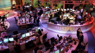 ¿Por qué quieren cerrar Al Jazeera? Habla un periodista de la cadena