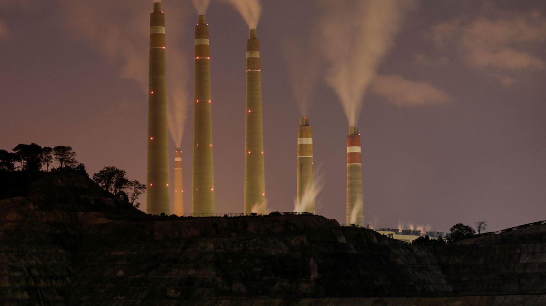 La energía producida gracias al carbón es la que mayor huella de carbono tiene. (Reuters)