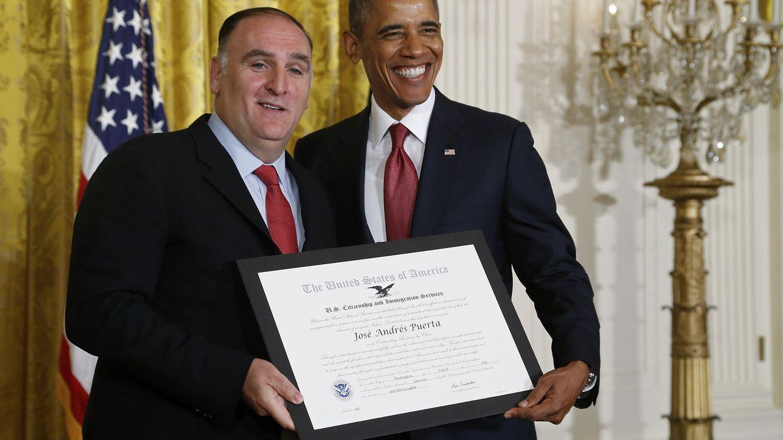 Foto: El chef José Andrés junto al presidente de Estados Unidos, Barack Obama, en una imagen de archivo (Gtres)