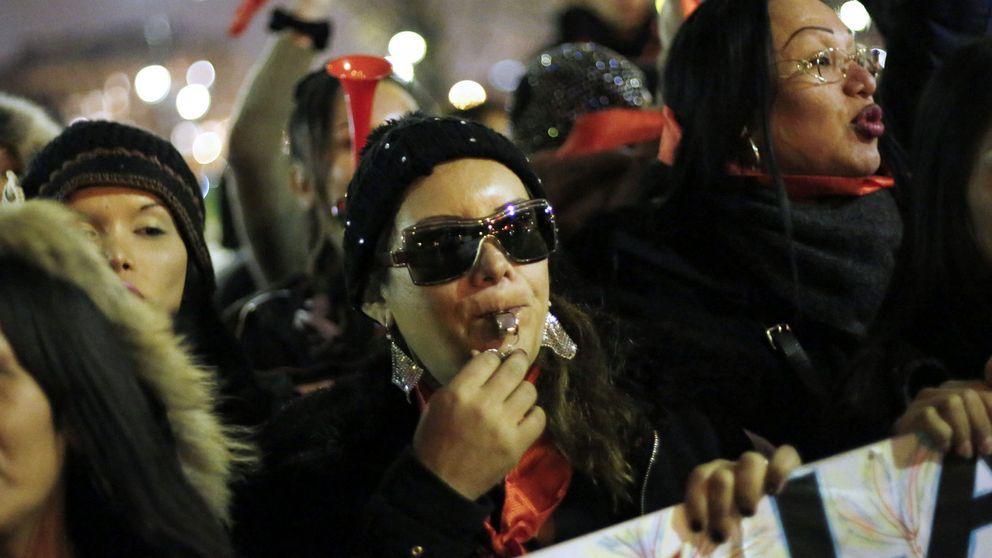 Dos proyectos y una sentencia que 'barren' a las prostitutas de las calles