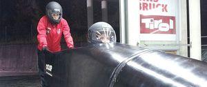 El bobsleigh español, en manos de una enfermera y una reponedora