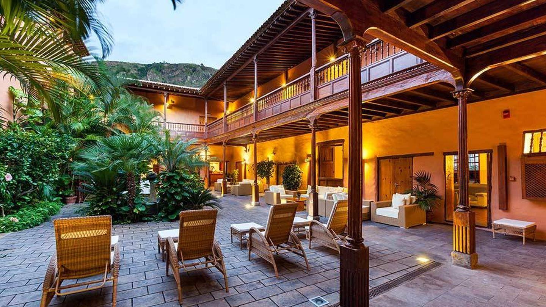 El patio de La Quinta Roja, típicamente canario. (Cortesía)