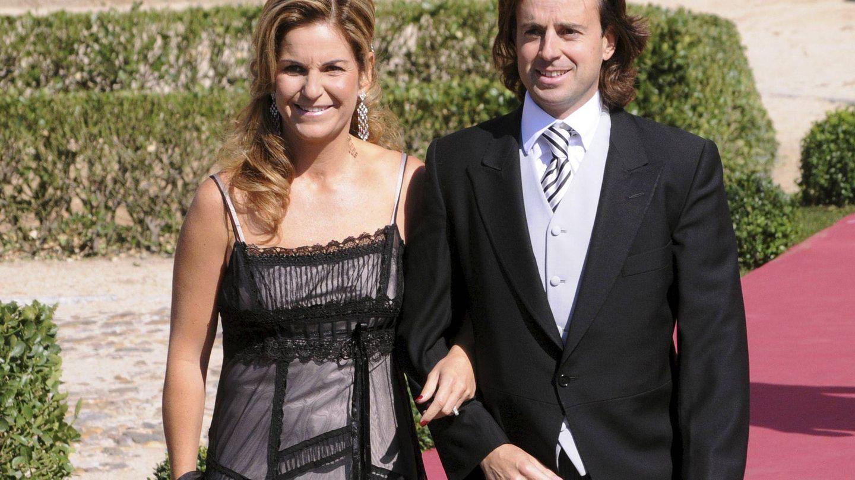 Arantxa Sánchez Vicario y su marido, Josep Santacana, en una imagen de archivo. (EFE)