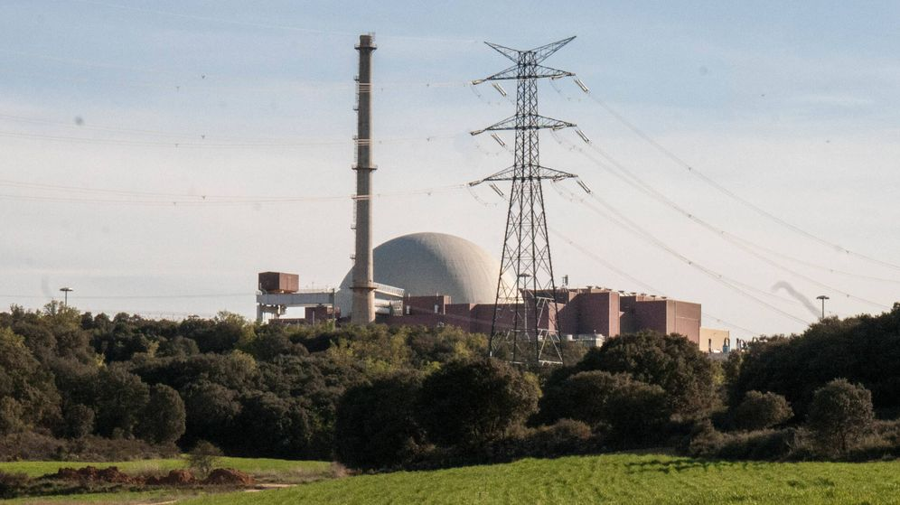 Foto: Exterior de la central nuclear de Trillo. (D. B.)
