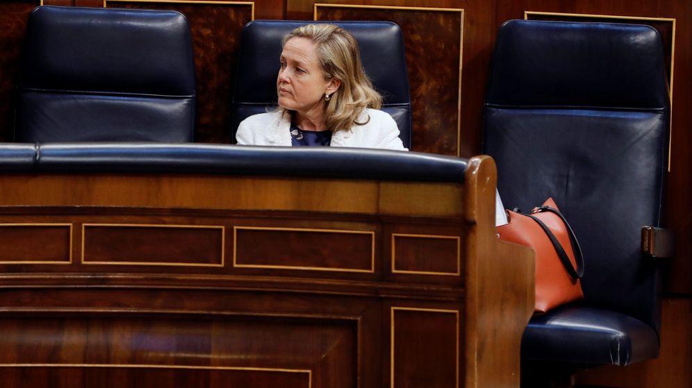 Foto: La ministra de Economía, Nadia Calviño, durante el último pleno del Congreso. (EFE)