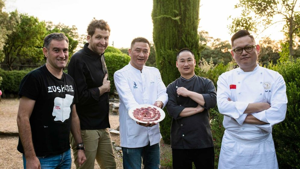 Foto: La bodega de Jabugo acogió una cena elaborada por chefs de la cocina española, francesa y china, que jugaron con la carne y el jamón de bellota.