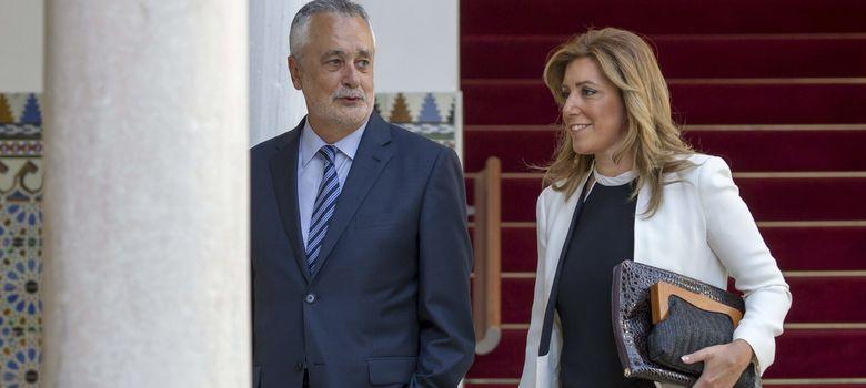 Foto: La candidata socialista a la presidencia de la Junta, Susana Díaz, acompañada del todavía presidente, José Antonio Griñán (EFE)