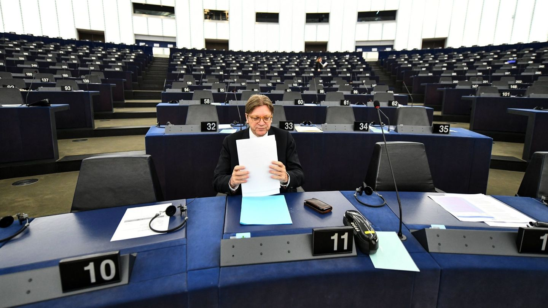 El líder liberal de la Eurocámara, el belga Guy Verhofstadt. (EFE)