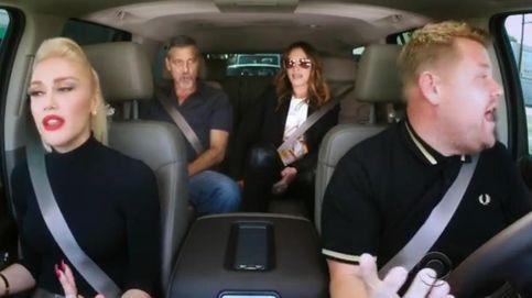 Gwen Stefani, George Clooney y Julia Roberts dan el cante en un coche